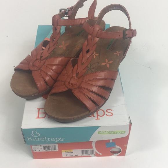 0eea2ddb3c9333 Baretraps Honora Wedge Sandal